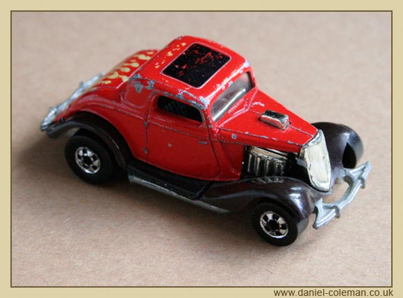 33 Ford - Red Back