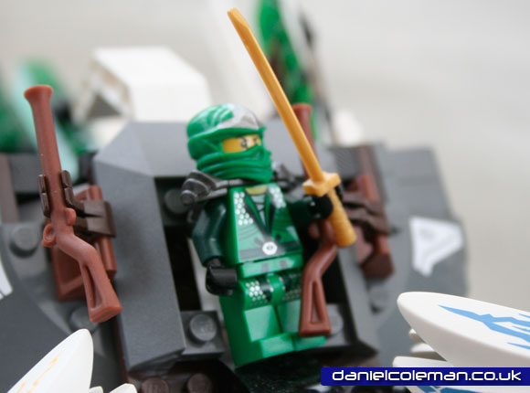 Ninjago Epic Dragon Battle | Lloyd Zx (9450) - Dec 2012