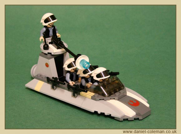Rebel Scout Speeder (7668) - Oct 2008