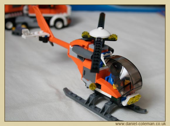 Helicopter Transporter [City] (7686) - Jul 2009