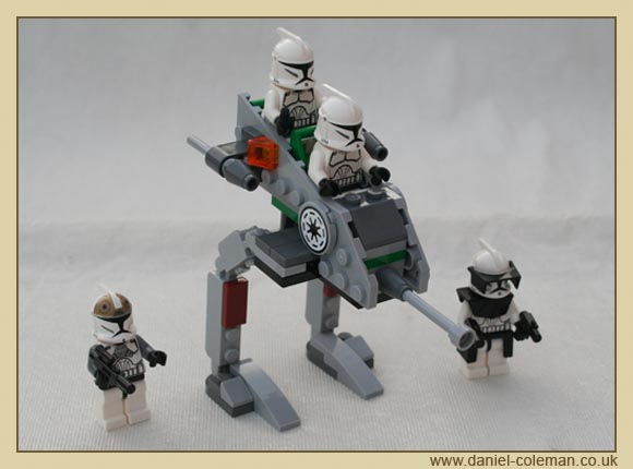 Clone Walker Battle Pack (8014) - Oct 2009