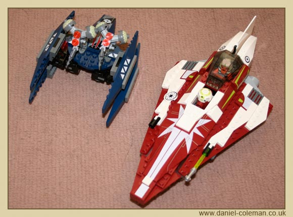 Ahsoka's Starfighter (7751) - Dec 2009