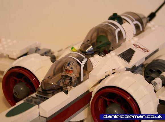 ARC170 Star Fighter (8085) Dec 2011