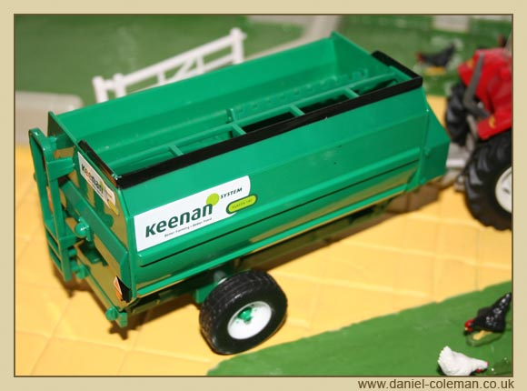 Feed Hopper (Britains)