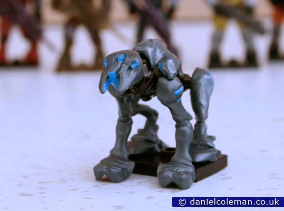 Halo | Series 8 | Blue Promethean Crawler